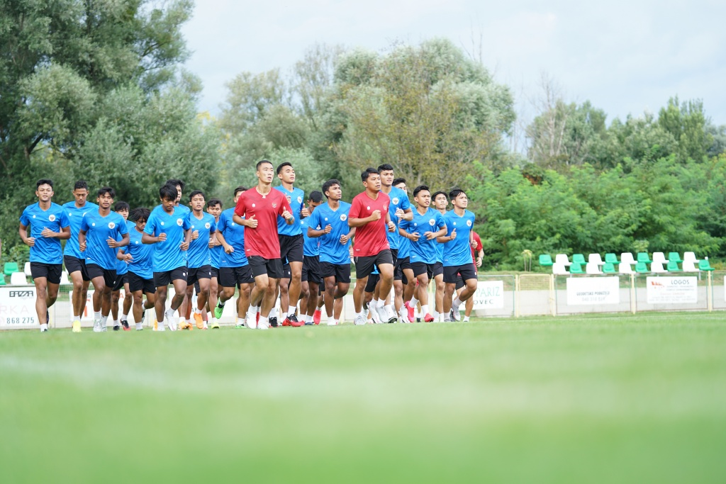 This image has an empty alt attribute; its file name is timnas-u-19.jpg